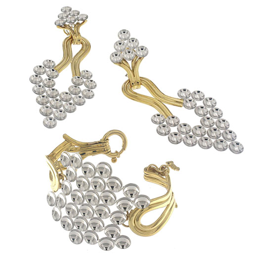 Set composed by bangle and drop earrings in yellow and white gold.