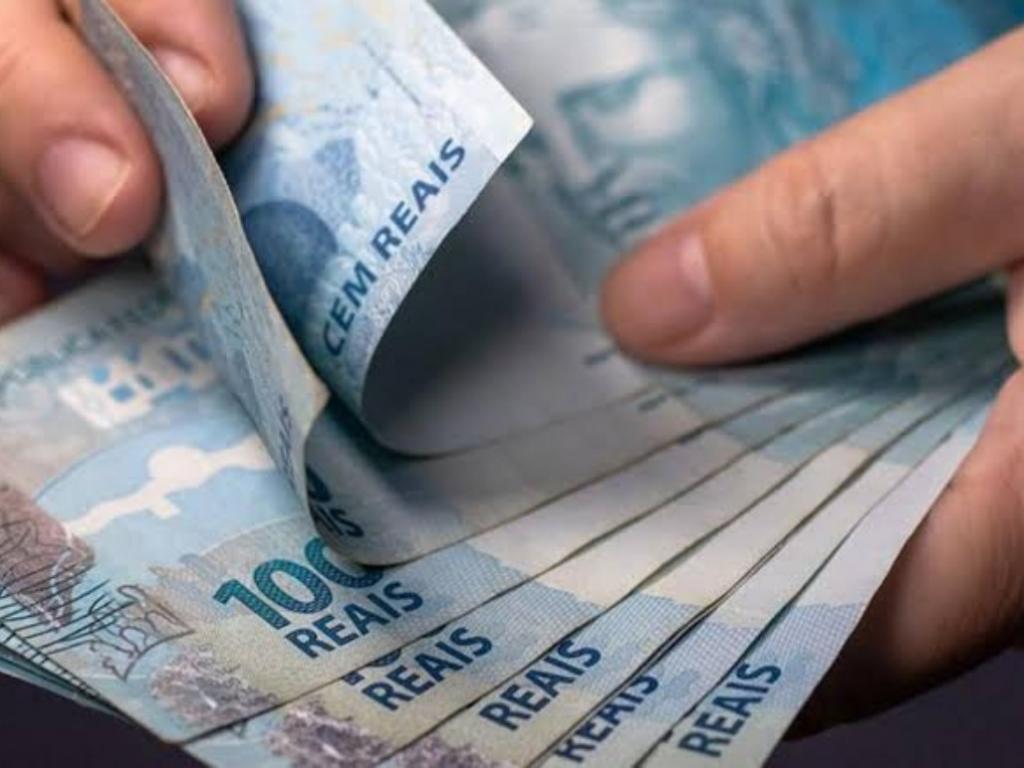 Orçamento: governo reduz de R$ 1.079 para R$ 1.067 proposta para o salário mínimo em 2021