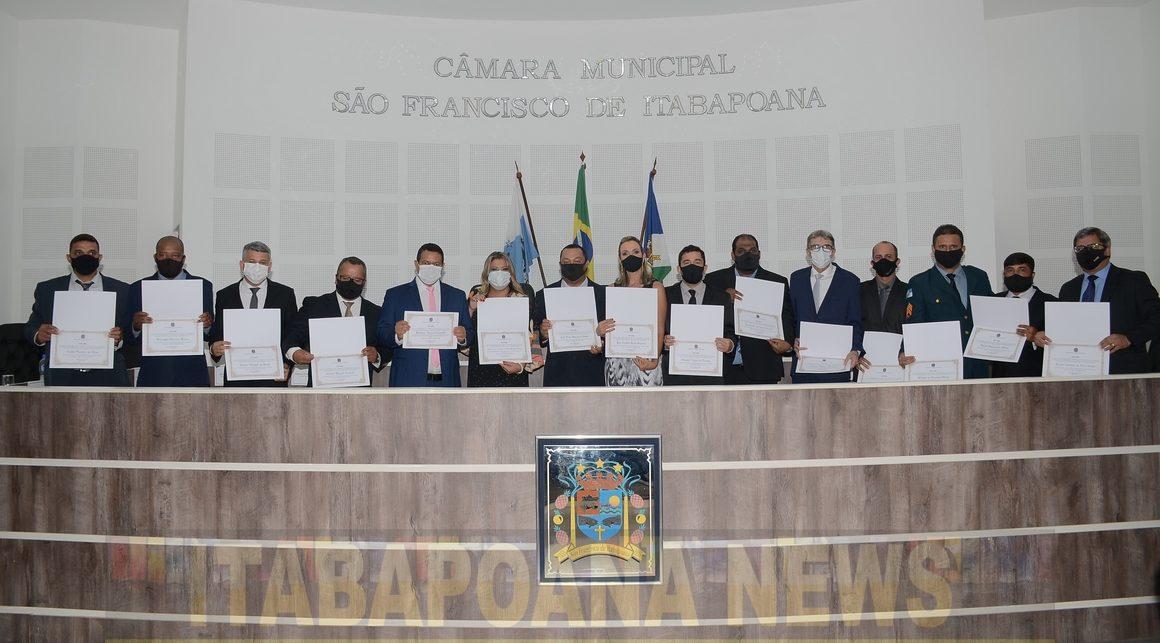 Solenidade restrita na Câmara na entrega dos diplomas dos eleitos em SFI