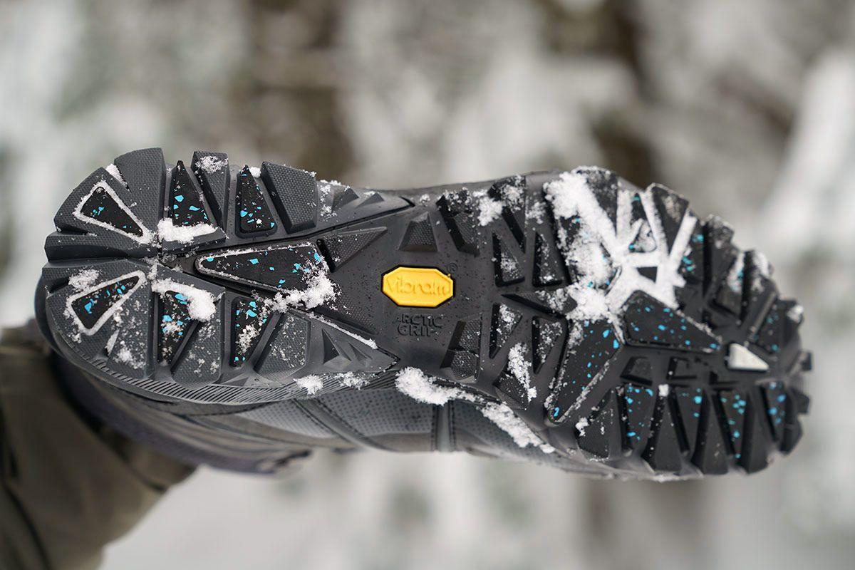 Non-slip sol sepatu musim dingin.jpg