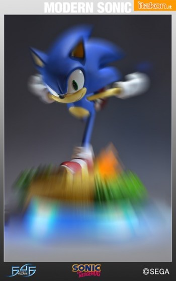 First 4 Figures: Sonic The Hedgehog - Modern Sonic statue - In Preordine