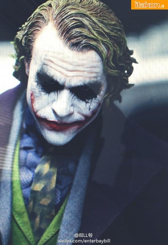 Enterbay the dark knight joker e batman hd masterpiece 1 for Immagini joker hd