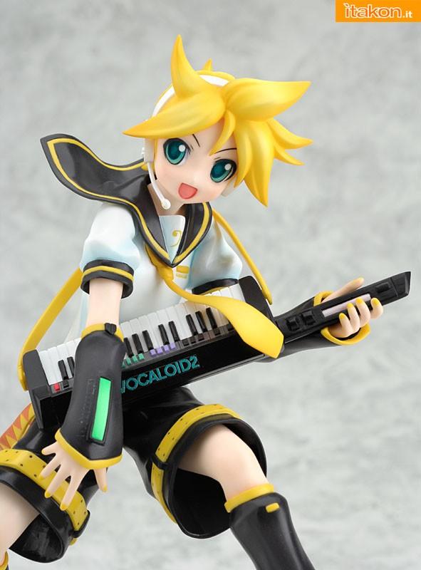 Good-Smile-Company-Len-Kagamine-Vocaloid.