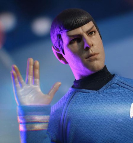thumb-vulcanian-officer-iminime