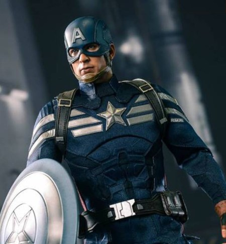 captain-america-hot-toys-thumb