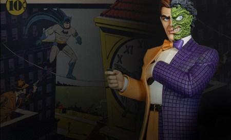 batman-two-face-statue-tweeterhead-feature-0902549