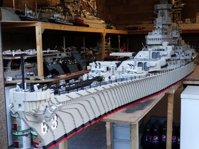 LEGO: impressionante replica della Corazzata Missouri ...