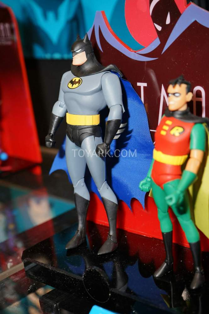 TF-2016-DC-Collectibles-Batman-Animated-008