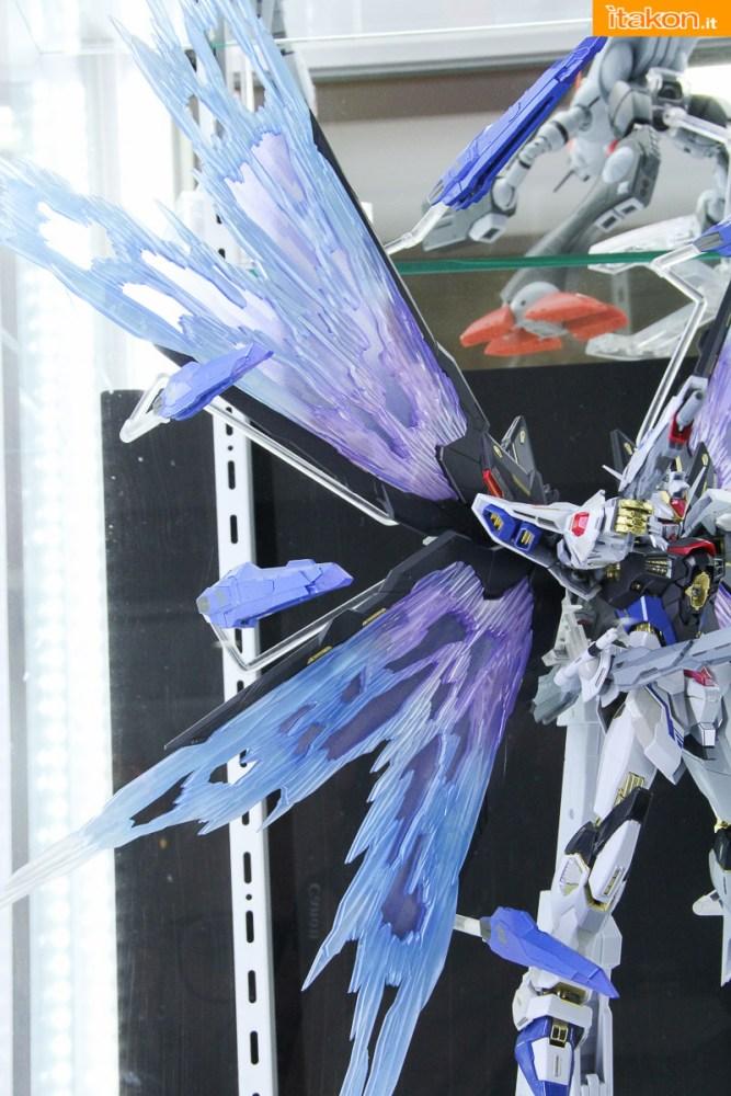 tamashii-akiba-showroom-2016-robot-45