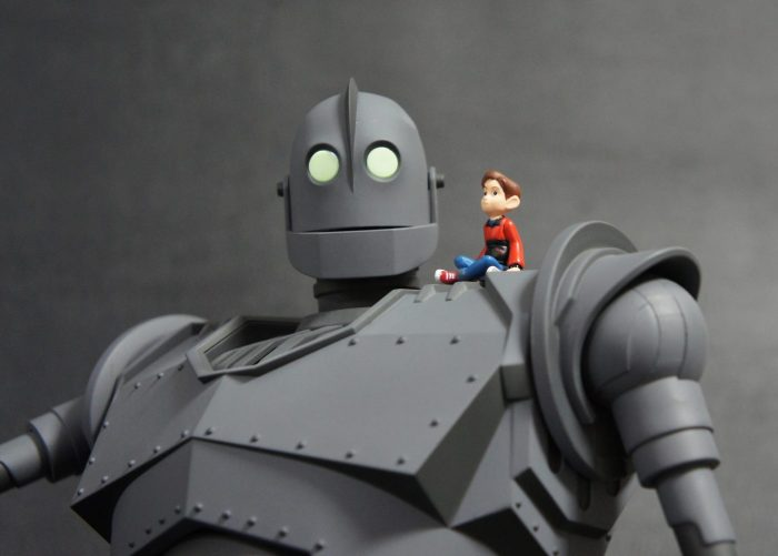 The IRON GIANT Mondo pics 11