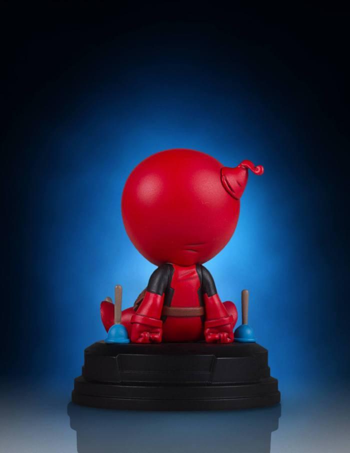Gentle-Giant-Animated-Deadpool-Statue-005