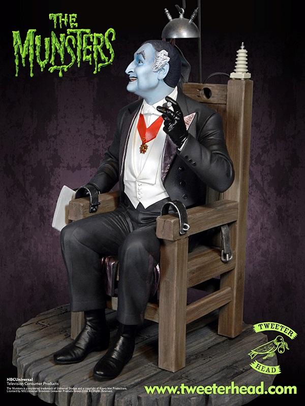 Munsters-Tweeterhead-Grandpa-Munster-Statue-002