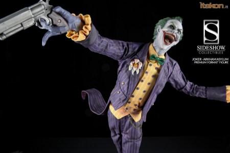 Joker_Arkham_Asylum_Premium_Format_Sideshow03