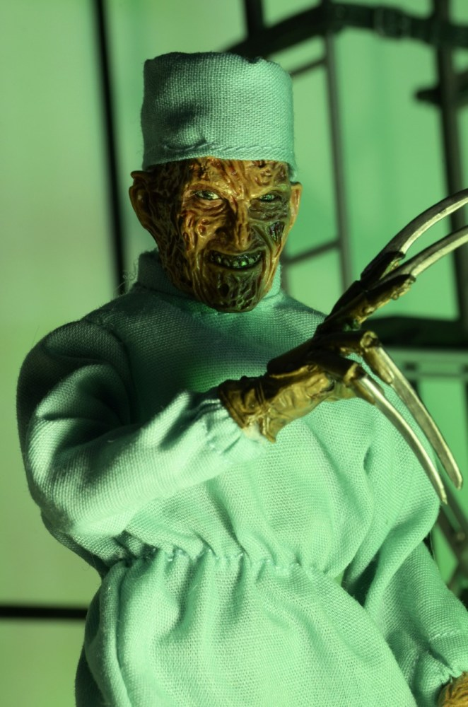 Mego-NOES4-Surgeon-Freddy-Krueger-003