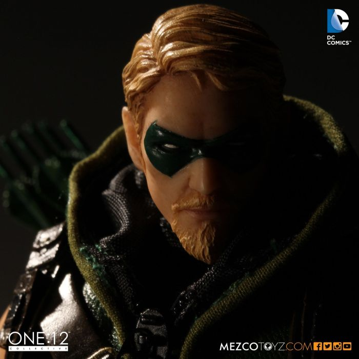 MezcoOne12-Collective-Green-Arrow-007