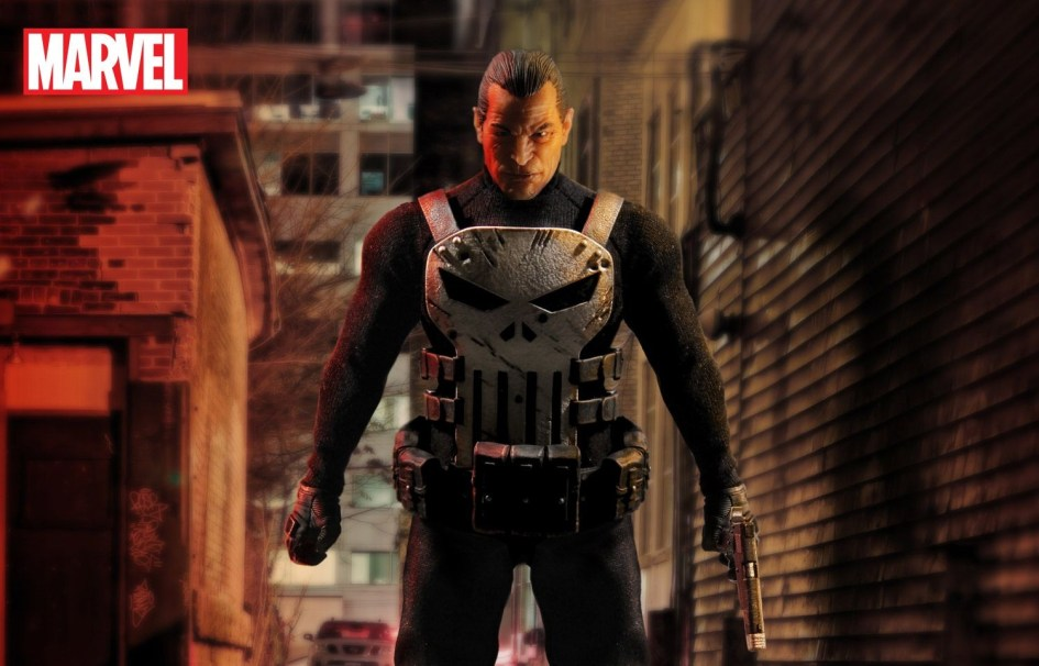 MezcoOne12-The-Punisher-001