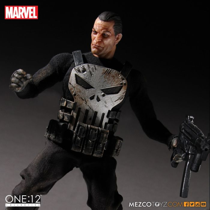 MezcoOne12-The-Punisher-003