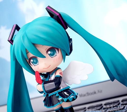 Nendoroid Miku Co-de GSC prev 08