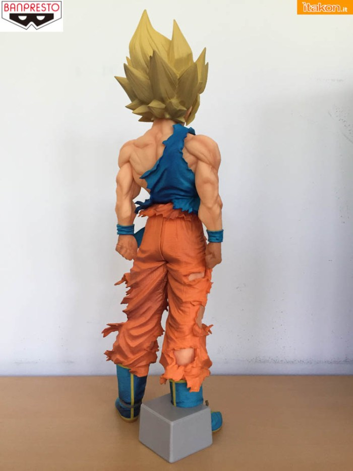 Banpresto_Goku_SSJ_Super_Master_Star_Piece - sequenza 1-10