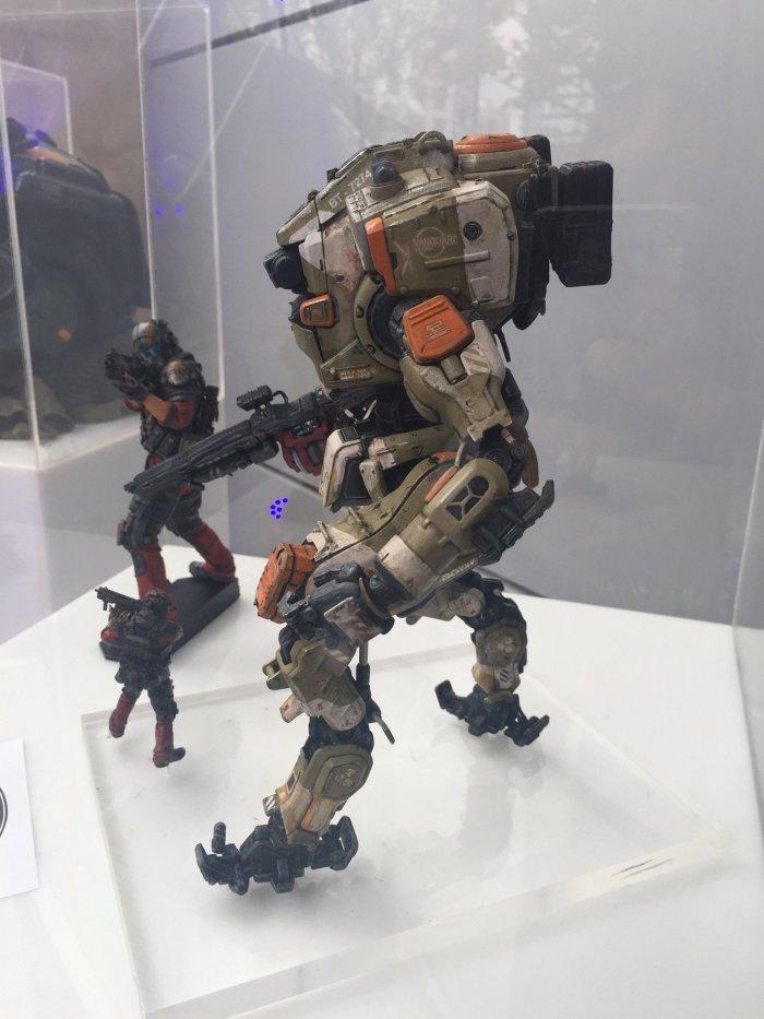 McFarlane-E3-Titanfall-2-Figures-002