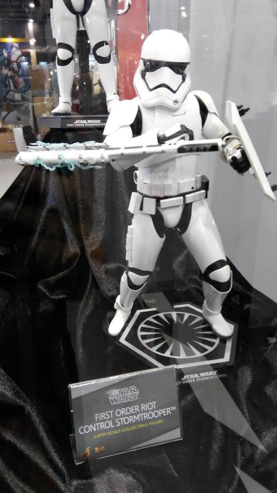 ACGHK-2016-More-Hot-Toys-092
