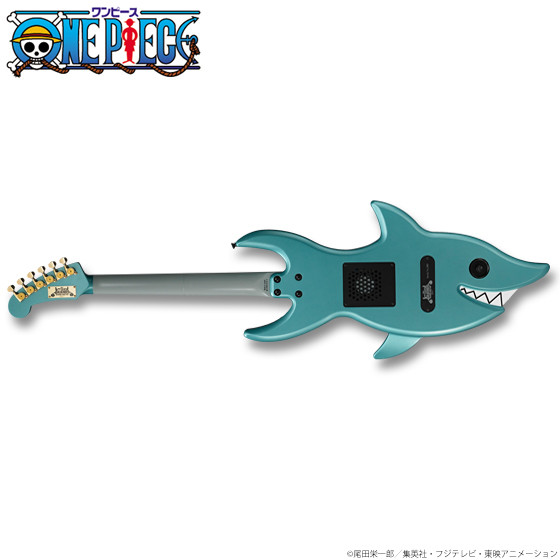 Brook's_Shark_Guitar (1)