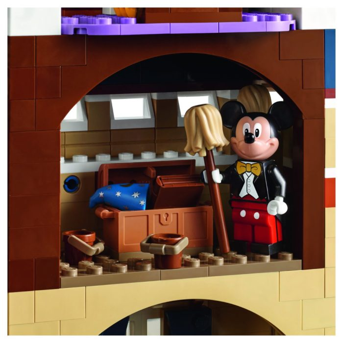 LEGO-71040-Disney-Castle-Mickey-Mouse-Room-1024x1024