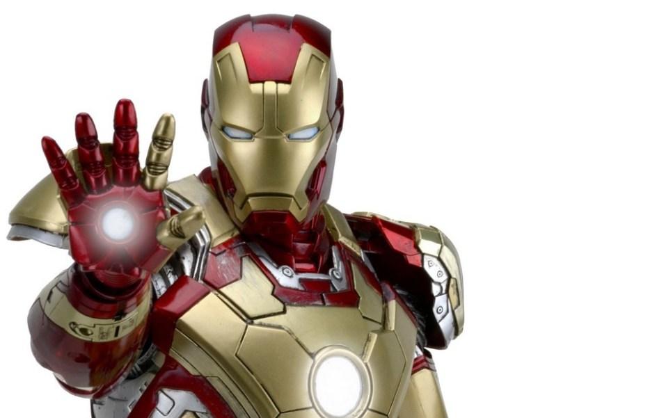 NECA-Iron-Man-Mark-42-Figure-003