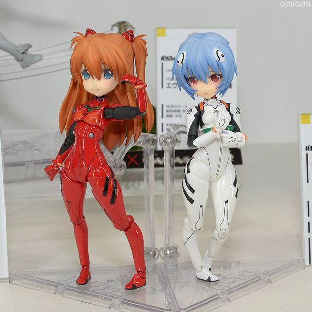 Asuka e Rei Parform da Evangelion