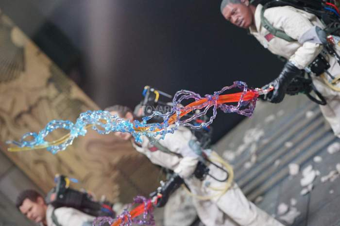 SDCC-2016-Blitzway-12-Inch-Ghostbusters-007