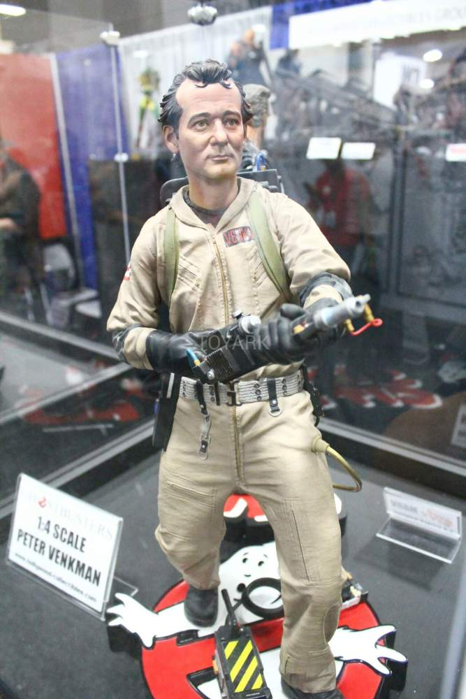 SDCC-2016-Hollywood-Collectibles-Group-006
