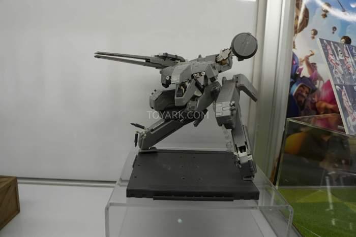 SDCC-2016-Kotobukiya-Display-015