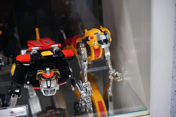 SDCC-2016-SOC-voltron-012