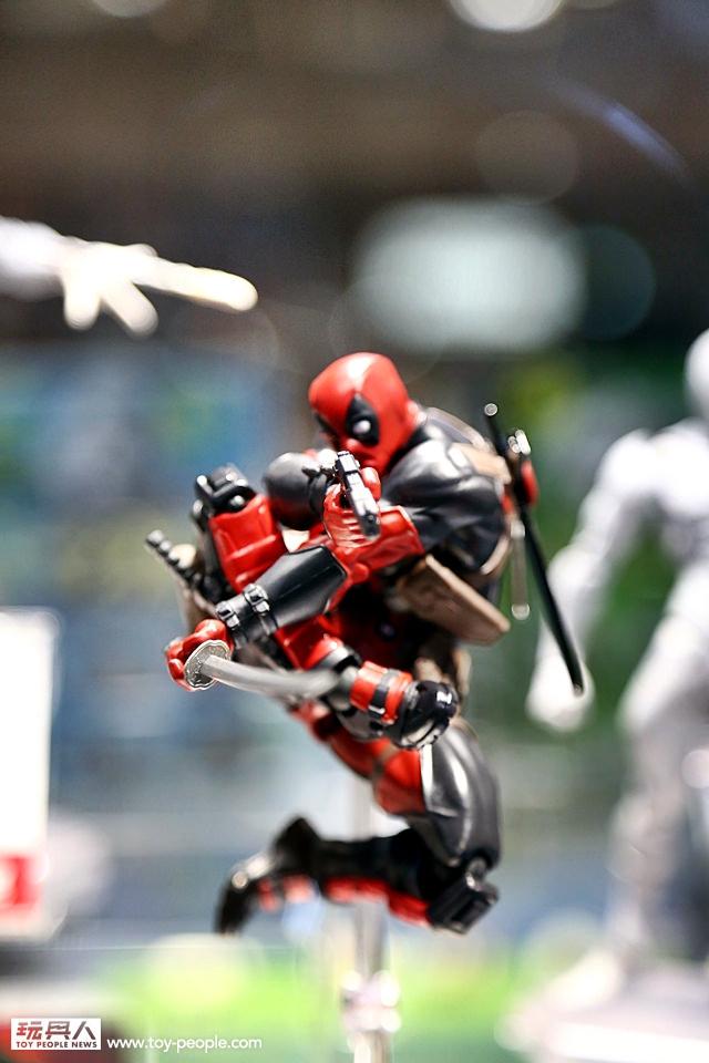 WF2016-Revoltech-Deadpool-003