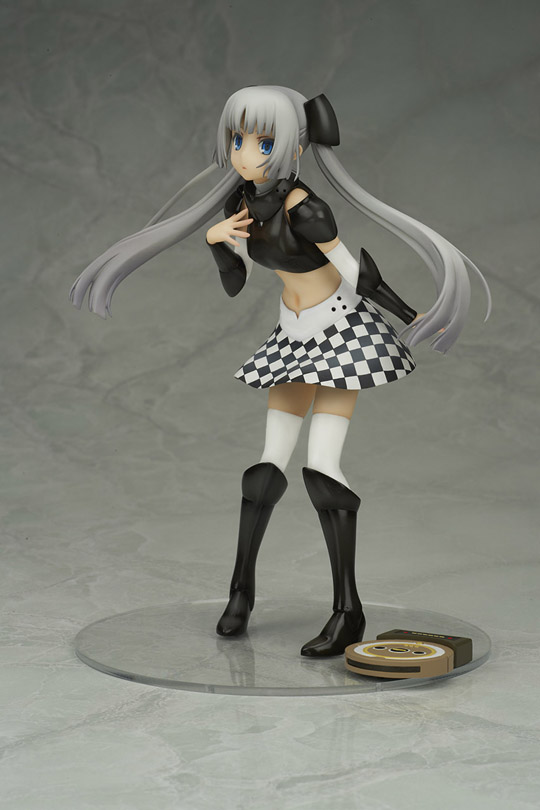 Miss Monochrome3