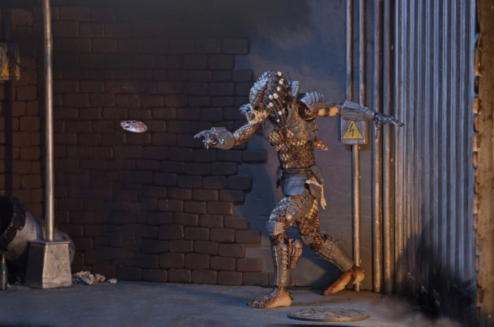 neca-ultimate-city-hunter-predator-008