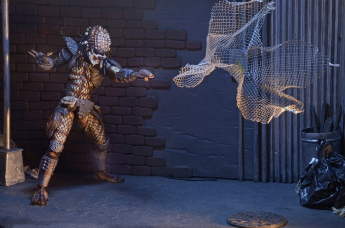 neca-ultimate-city-hunter-predator-009