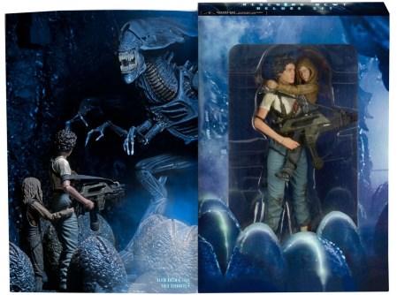 neca-aliens-rescuing-newt-2-pack-002