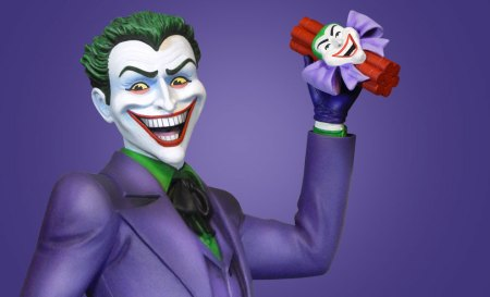 dc-comics-classic-joker-maquette-tweeterhead-feature-902897