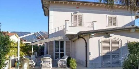 Дом на море в Тоскане