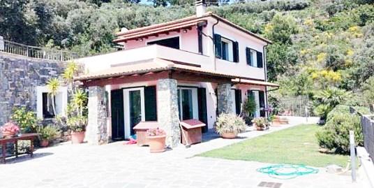 Дом в Алассио