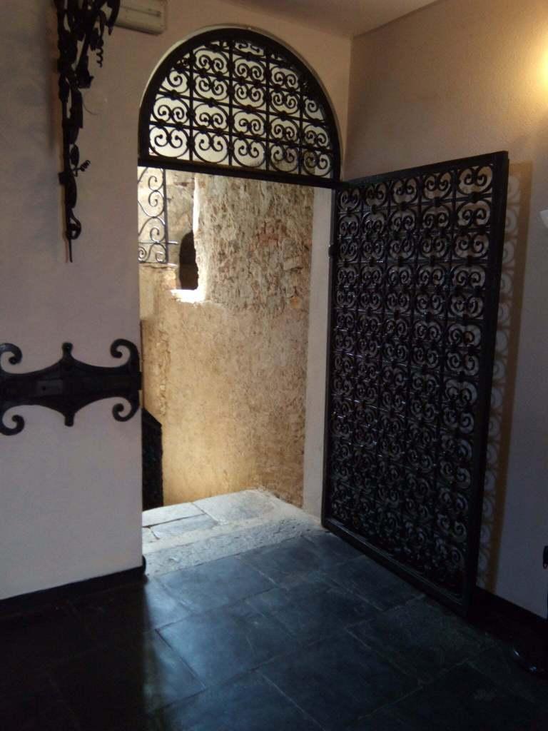Portofino - interni del Castello di Brown