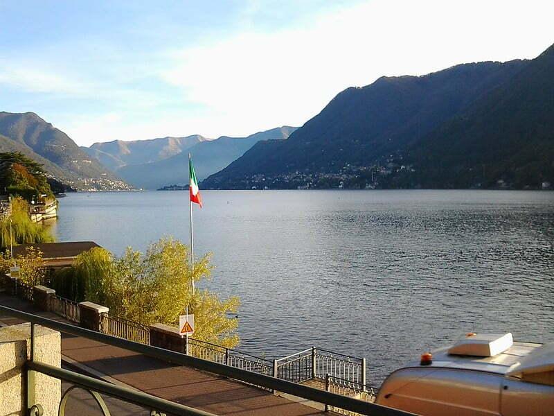 ancora sul lago di Como, poco prima di oltrepassare il confine