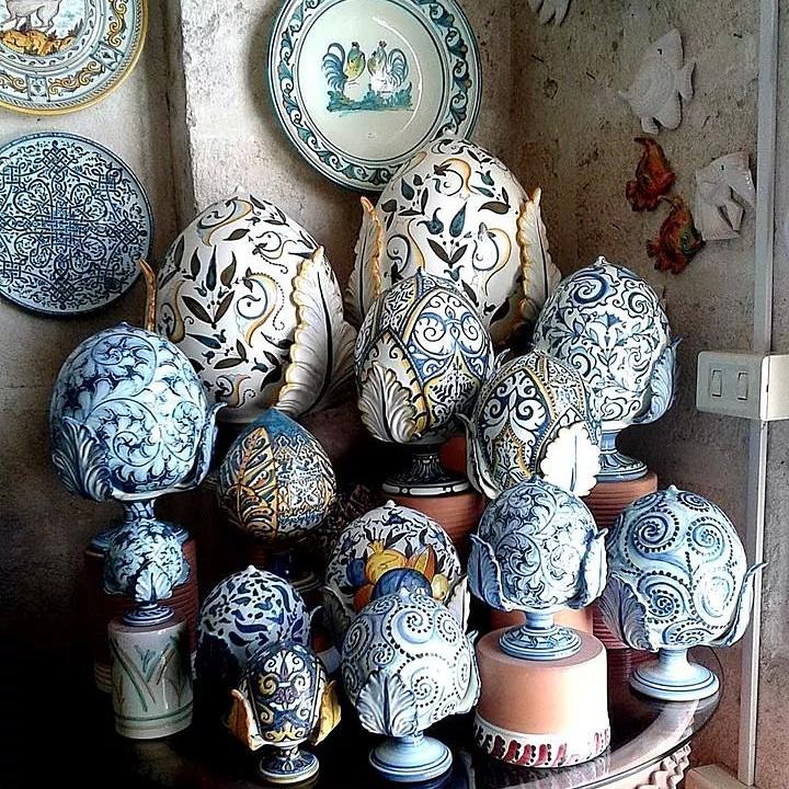 Il tipico pomo grottagliese, Grottaglie (Taranto), Puglia, Italia