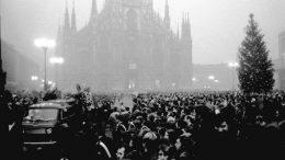Il funerale di vittime innocenti