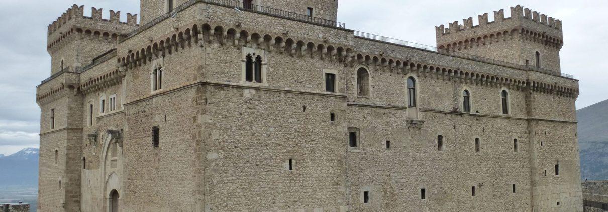castle in italian