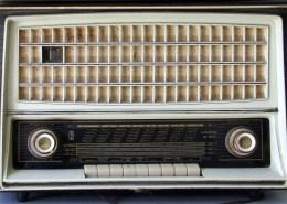 radio in italian