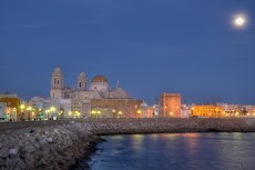 Cadiz cathedral by night