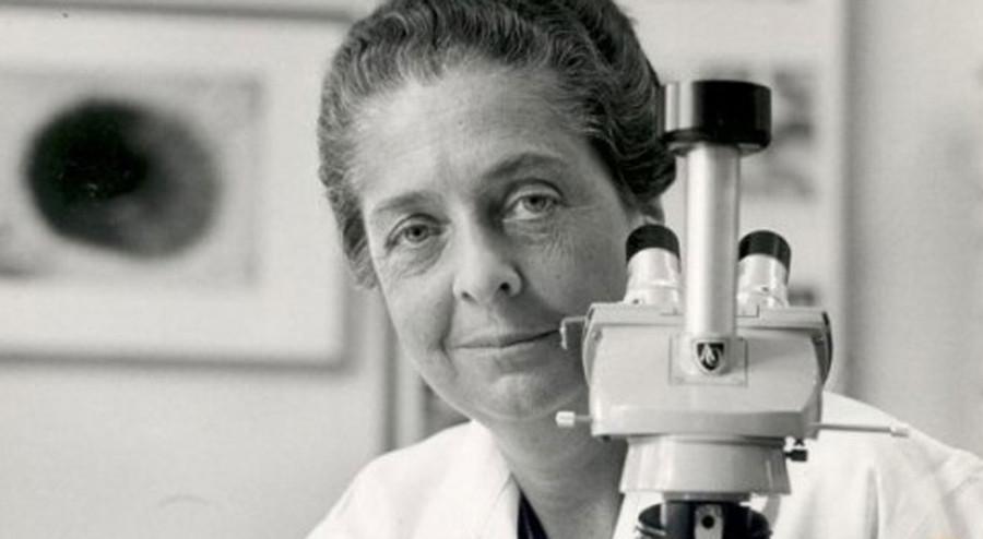 Rita Levi Montalcini with microscope