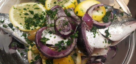 orata with lemon, onions and olives